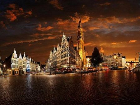 BELGIUM AT NIGHT - color, belgium, ocean, sky, travel, landscapes, cool, reflection, nighttime, seas, city, photos, twilight