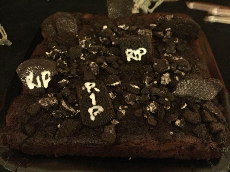 Graveyard Brownie