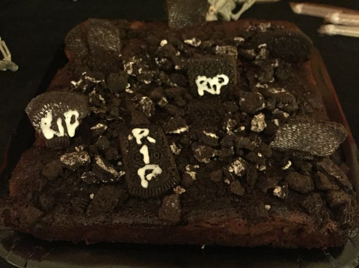 Graveyard Brownie