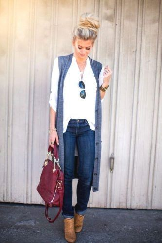 long vest with white shirt- How to wear long vests http://www.justtrendygirls.com/how-to-wear-long-vests/