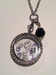 A necklace for Debbie
