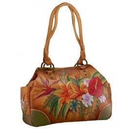 Reinventeaza-i colectia de genti cu un cadou fashion deosebit pentru sotia fecioara, geanta Izadora din piele naturala, Anuschka, usor de asortat la orice tinuta