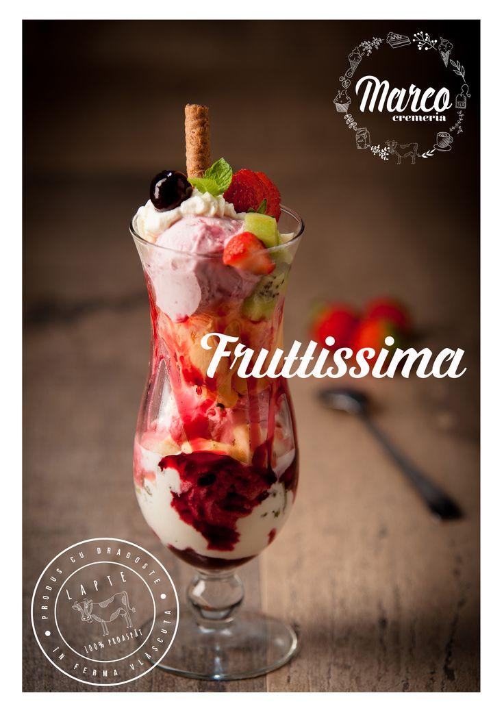 Fruttissima. Specialitate din inghetata Cremeria Marco cu lapte proaspat din ferma proprie, Vlășcuța.