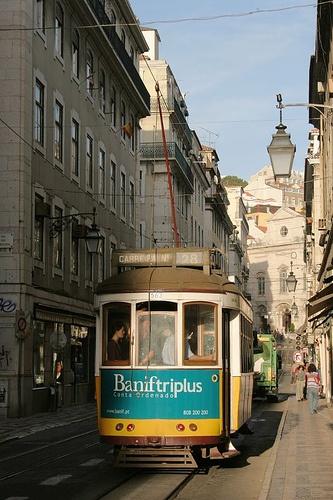 Lisboa - Baixa -Tram,