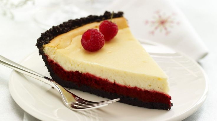 Red Velvet Cheesecake is great any time of the year and you are going to love these delicious recipes that include the Copycat Cheesecake Factory version.