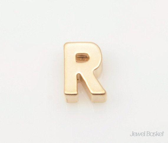 "Matte Gold Alphabet - 2pcs Capital Letter ""R""  - Matte Gold Plated (Tarnish Resistant) - Brass / 5mm x 7.2mm  - 2pcs / 1pack"