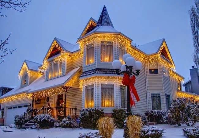 25 Best Ideas About Exterior Christmas Lights On Pinterest Christmas Outdoor Lights Outdoor