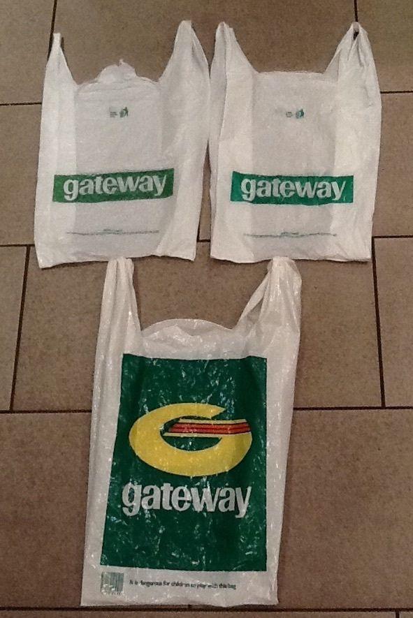 3 x Vintage 70 s/80 s Plastic Carrier Bags Gateway Supermarket (pre Somerfield) £19.33 (5B)