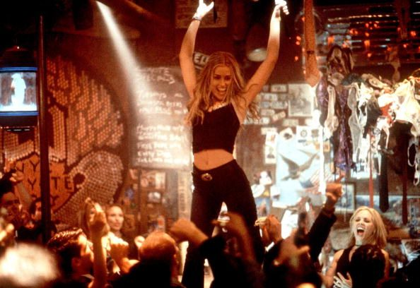 Piper Perabo Stars As Velvet Voiced 21YearOld Violet Sanford At The Popular Bar Coyote Ugly In Touchstone Pictures'/Jerry Bruckheimer Film's Romantic...