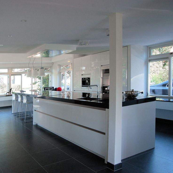 Kookeiland Afzuiging : Plafondunit RVS, Keuken modern, hoogglans, zwart wit
