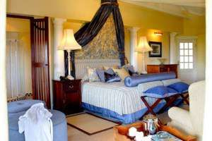 Blue Mountain Lodge in Hazyview - a lodge that has the ultimate in luxury accommodation.  http://www.south-african-hotels.com/hotels/blue-mountain-lodge/