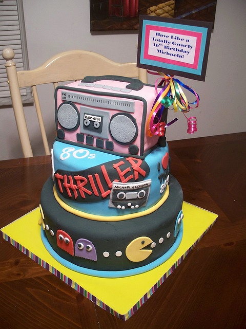 80's party cake