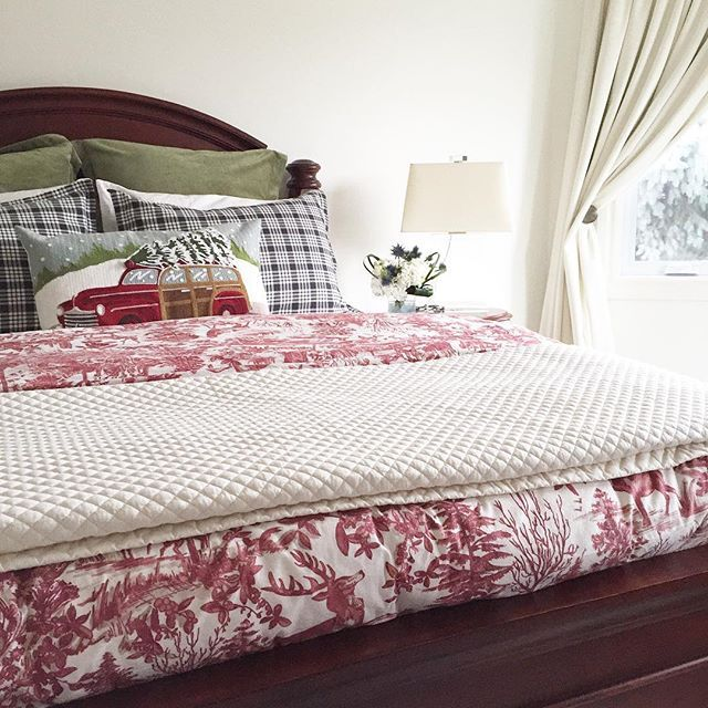 Christmas bedroom, Christmas bedrooms, Christmas bedroom decor, Christmas bedding, Christmas bedroom decorations