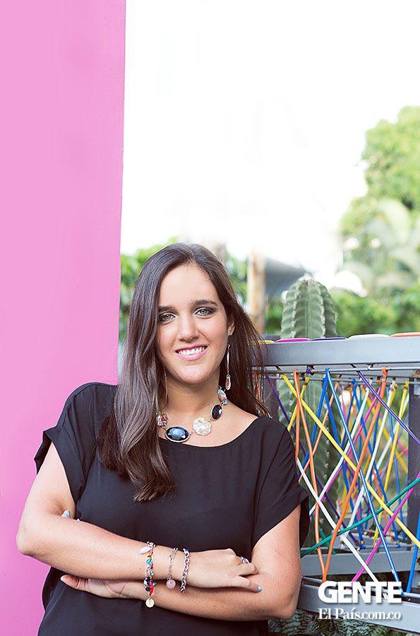 Ángela Anzola, joyera caleña. Tiene su propia marca, que se llama Hamesha, que en hindú significa 'para siempre'. http://elpais.com.co/gente