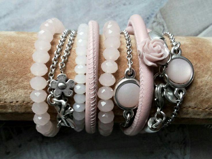 Mooie combinatie roze armbandjes
