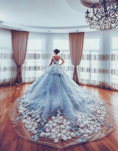 How I wish the wear a ballgown and meet my prince...