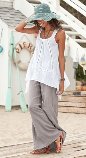 Linen palazzo pant, lightweight for summer.  Love the flowing top too.