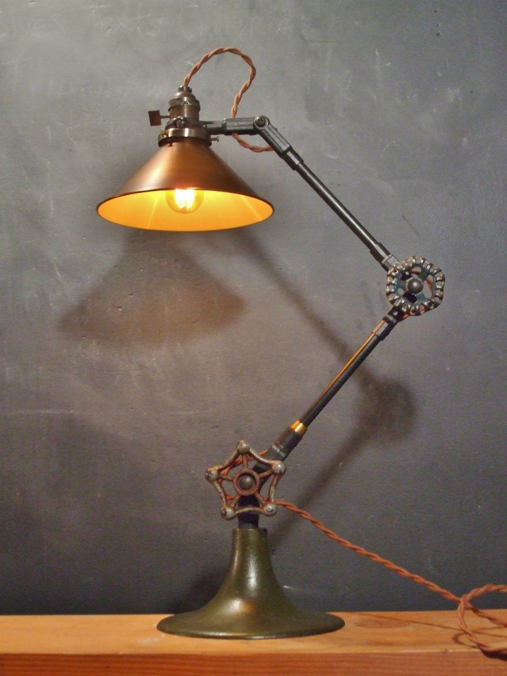 17 best images about steampunk articulated on pinterest for Industrial design table lamps