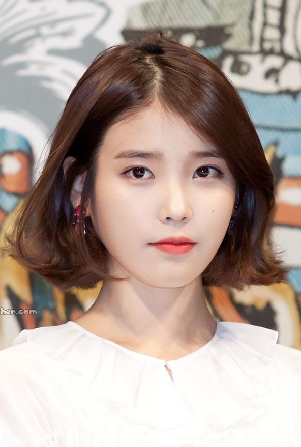 Popular Korean Short Hairstyles For Teens Korean Haircuts In 2020 Medium Hair Styles Korean Short Haircut Korean Hairstyles Women