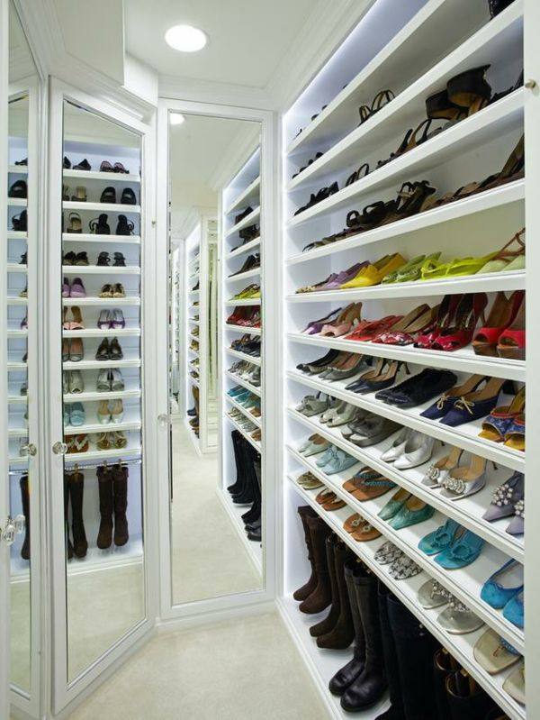 range chaussures mural avec miroirs