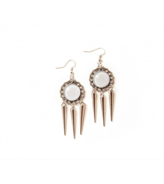 Icicle earrings. available at www.aconite.at
