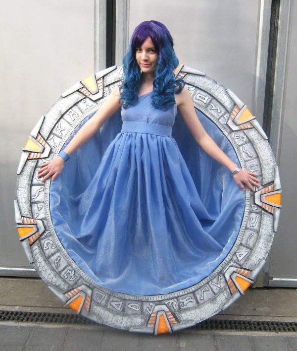 A fantastic Stargate costume/dress by Hungarian cosplayer Nyima-chan.  [Source: Nyima-chan on Deviantart]