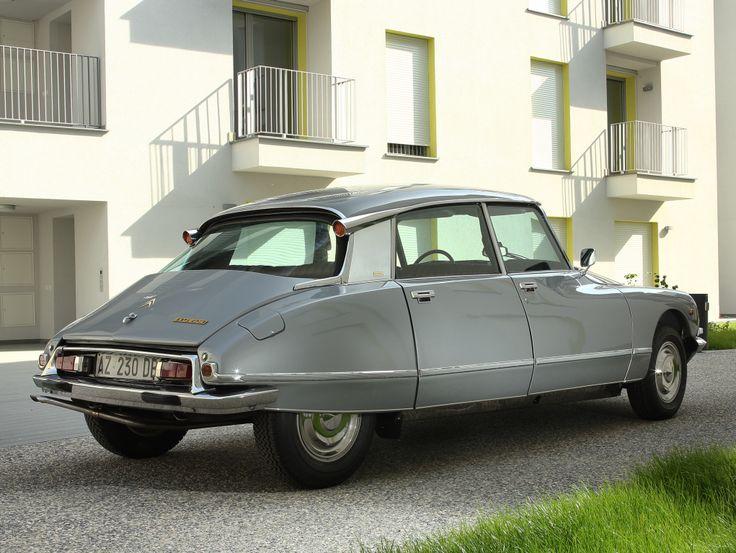 sturm und drang design — musicandmotors:   Citroën DS 23 Pallas