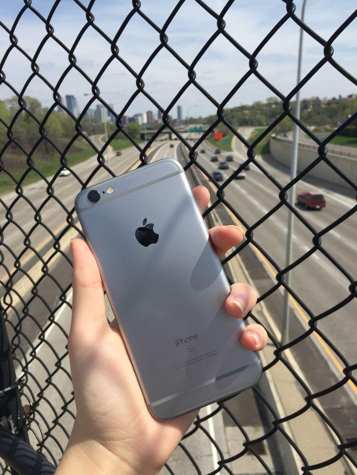 iPhone 6s, space gray & Minneapolis