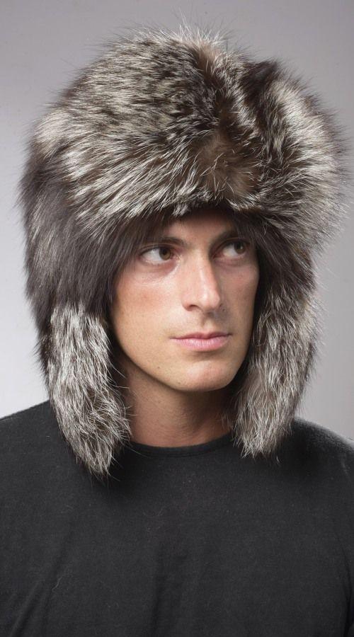 Cappello uomo pelliccia volpe argentata naturale, stile russo.  www.amifur.com