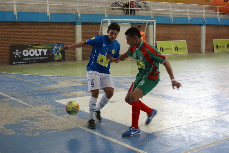 D'Martin y Deportivo Sanpas protagonizaron otro duelo más en el clásico cundiboyacense. Los de Madrid se quedaron con la victoria 5-2