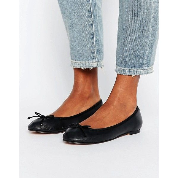 ASOS LUNA Leather Ballet Flats (1.155 UYU) ❤ liked on Polyvore featuring shoes, flats, black, black leather shoes, round toe ballet flats, ballet shoes, black ballet flats and black bow flats