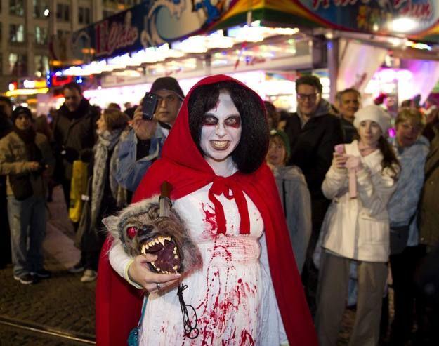Disfraces de miedo para Halloween 2012 . Más ideas: www.rtve.es/f/102777