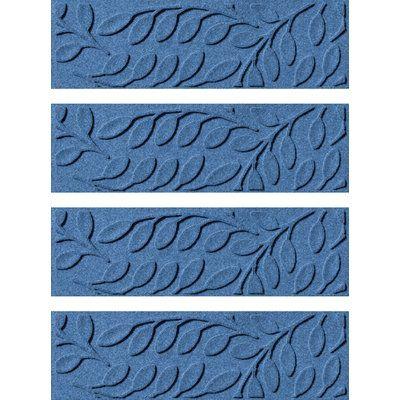 Best Tucker Murphy Pet Beaupre Medium Blue Leaf Stair Tread 640 x 480