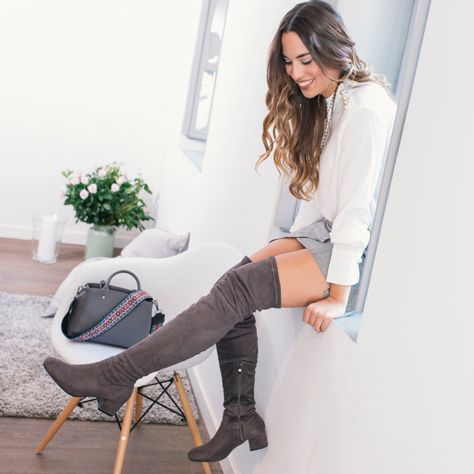 #followMI into FA-SSION lifestyle in #MIGATO HW23 over-the-knee boots ► bit.ly/HW23-L15en and FE22 grey  shoulder bag ►bit.ly/FE22-L15en