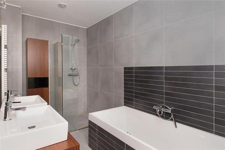 86 best Moderne badkamers images on Pinterest   Bathroom ideas ...