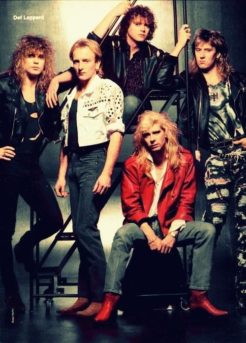 Def Leppard will always be one of my favorite bands!! Sooooo many classic tunes!! <3DefLep<3  {GM}