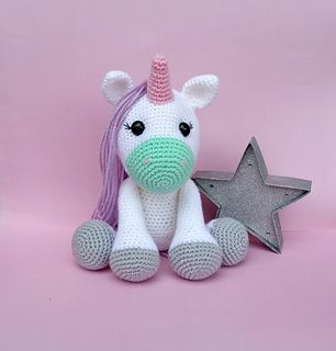 Lola the Flamingo crochet pattern Unicorn