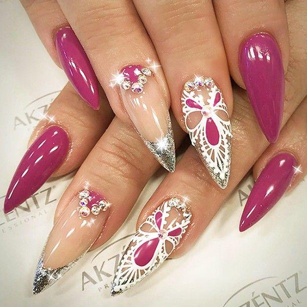: Picture and Nail Design by •• @hazeldixon •• ❤️Follow @hazeldixon for more gorgeous nail art designs!