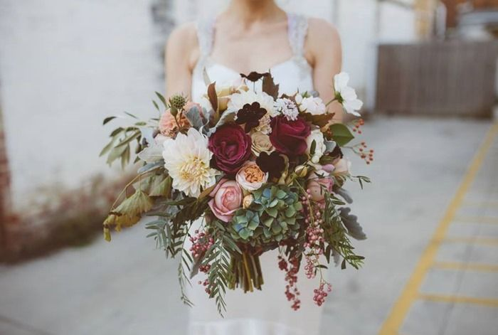 Garden-Style Bouquet | Lindsey Myra | The Little Flower Farm AU | Alex Motta Photography