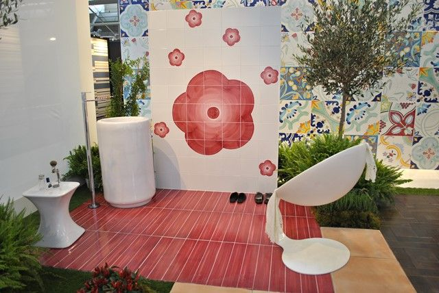 Hall 22 – Stand A116 #Cersaie 2015 #Cuchara Cuchara for Frajumar  Granese Studio - Architecture & Design di @granesedesign  sgabello #MonoliteIpergres di Pesaro
