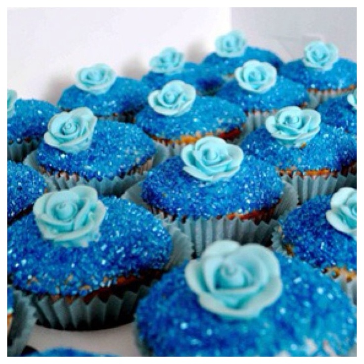 Blue cupcakes BLING looking!? Joelee loves blue. I think these are going to be made for her birthday party.