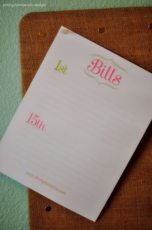 Free printable Bill organizer to help keep you on track in 2012!