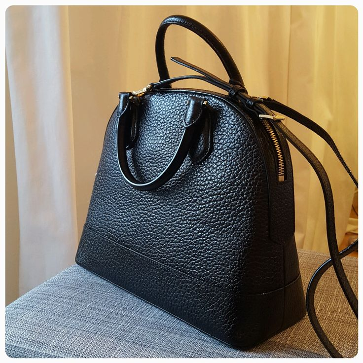 Michael Kors Handbags  This is my new smythe large in black