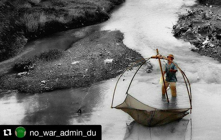 kabartrenggalek - #Repost @no_war_admin_du with @repostapp  Sing penting lawuhan 'iwak '  #DamNjajarSumbergayam #pesonadurenan #ilovetrenggalek #ilovedurenan #trenggalekview #kabartrenggalek #zonafotografi #thisisindonesia #redmi2 #indonesia #latepost by redmi_2