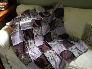 A quilt for baby Faith and table runner for Ange - Mandy's Country Mouse