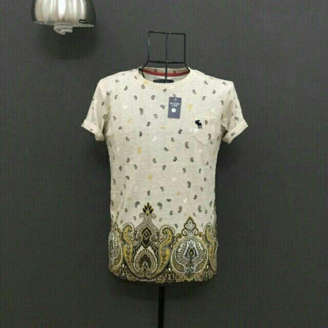Áo thun cổ tron Abercrombie với giá ₫150.000 chỉ có trên Shopee! Mua ngay: http://shopee.vn/boybanhang/4408189 #ShopeeVN