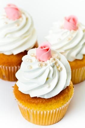 Sweet whipped cream icing