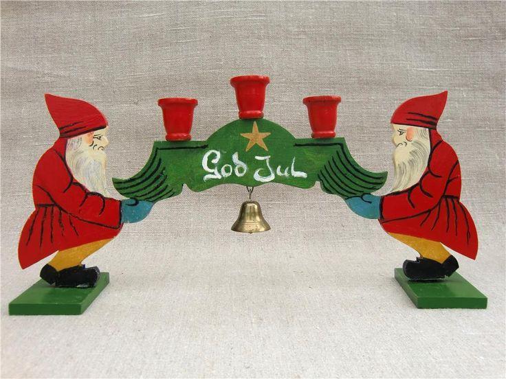 Gammal julljusstake - ljusstake i trä