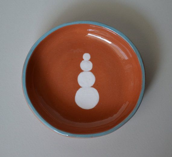 Spanish terracotta dish with balancing white by fourblueowls, €15.00