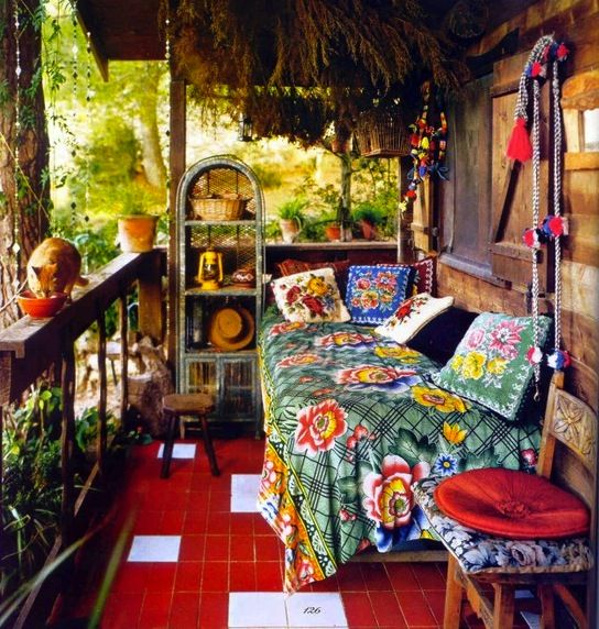 ❥Colorfully decorated Bohemium style porch.  Love this!